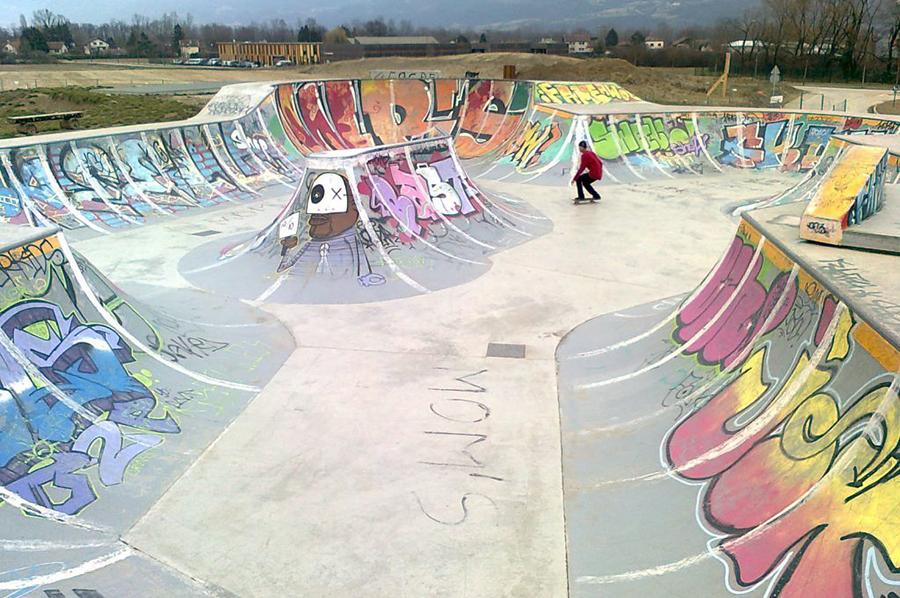 Skatepark de Crolles bowl