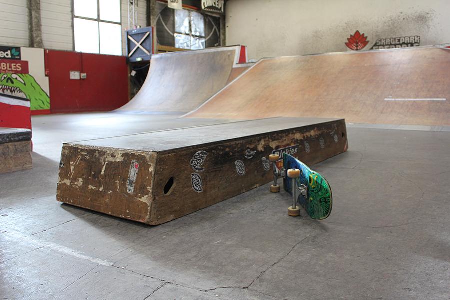 Curb module à louer Skatepark de Grenoble