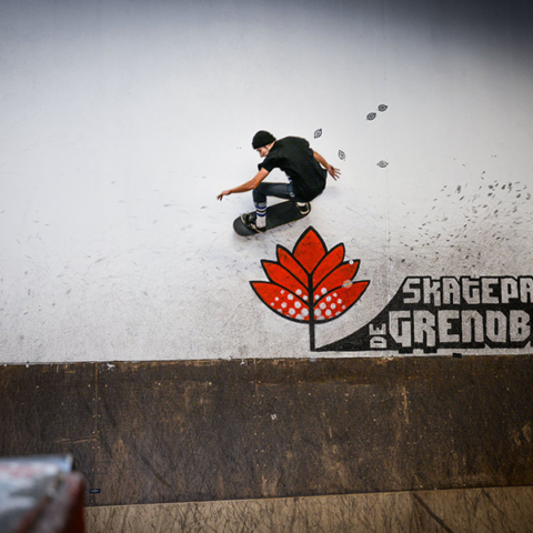 Wall ride bowl Yoan Delassus Skatepark de Grenoble