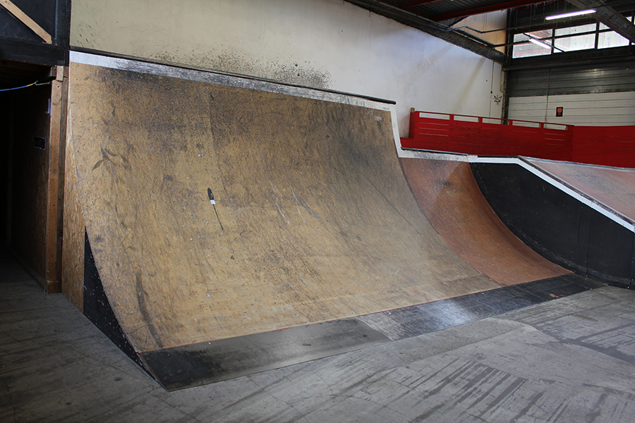 Partie street grande courbe Skatepark de Grenoble